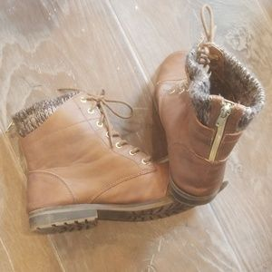 Leather boots with lined top and zippers